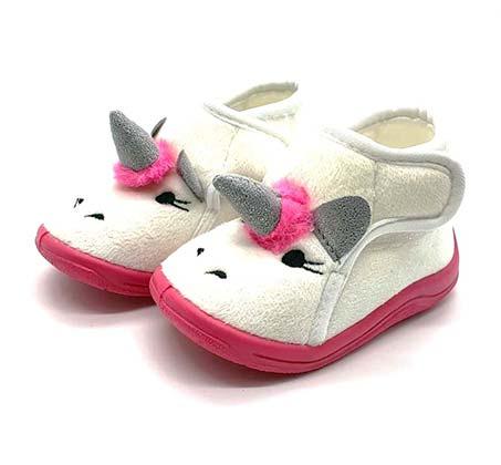 נעלי בית עם סגירת סקוטש Pink לפעוטות במגוון דגמים לבחירה