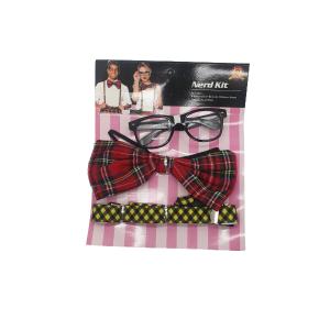 סט לתחפושת חנון הכולל: משקפיים, שלייקס ופפיון